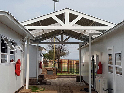 SPITS WALKWAY SKOOL LAUDIUM POLY-1803.jpg